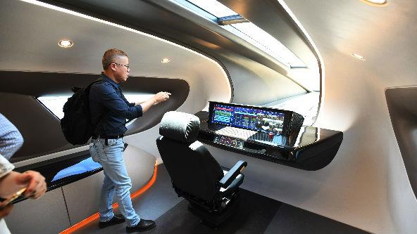 美媒:中國高速磁浮列車樣車亮相
