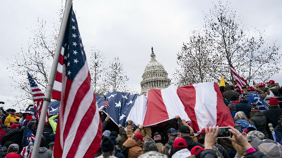 日媒文章:特朗普政權在混亂中落幕