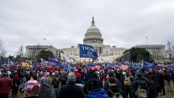 美媒文章:美国已成民主消亡案例