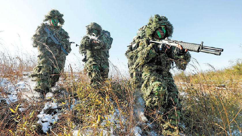 尖兵奇袭!第72集团军侦察兵开展实战化训练