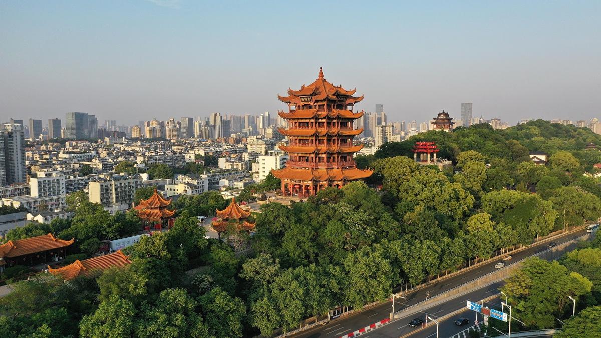 """西媒:武汉""""相亲市场""""疫后恢复繁荣"""
