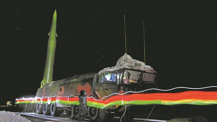 零下15度!火箭军某导弹旅夜练火力突击