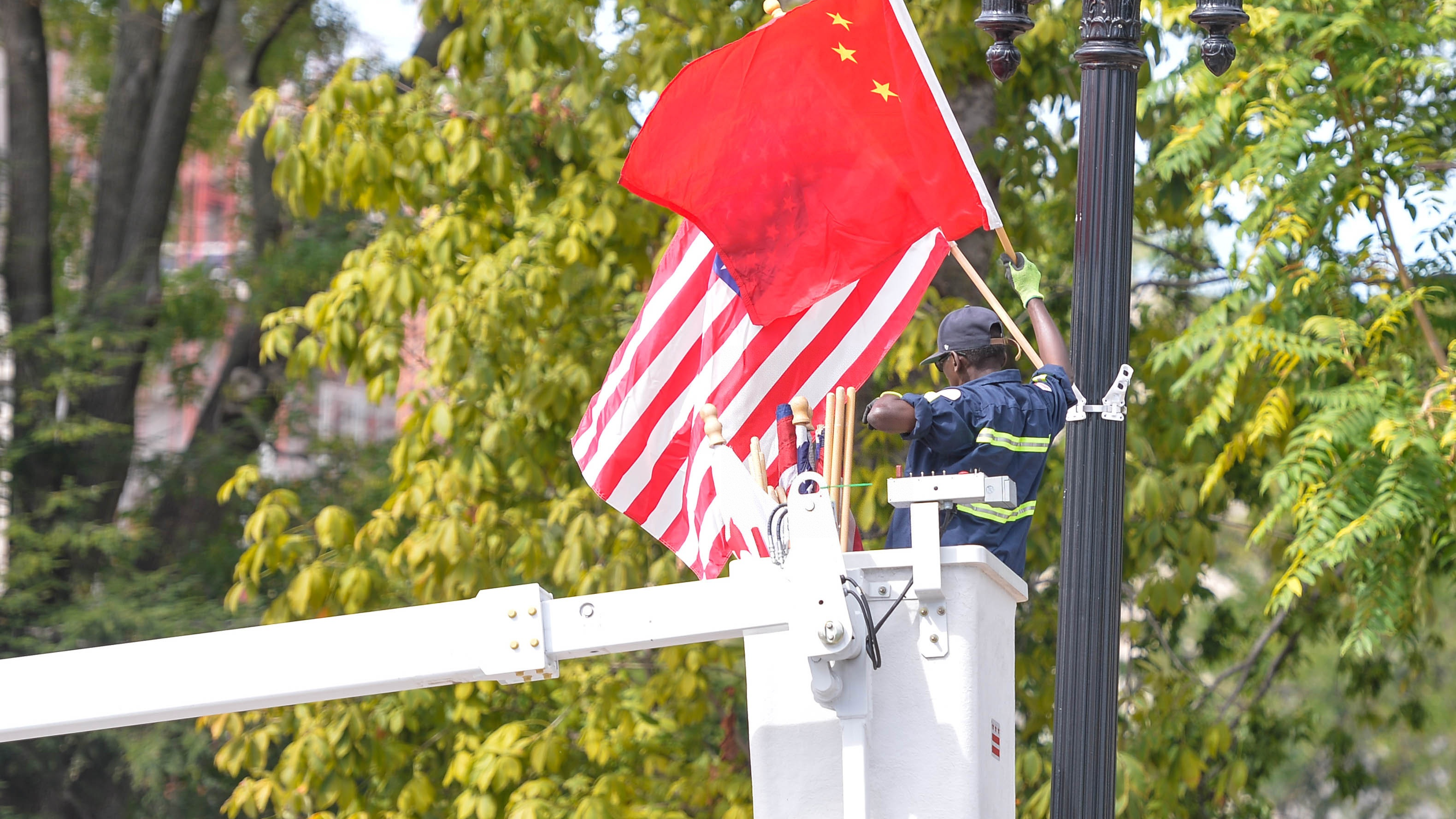 俄媒述评:中国释放中美关系重回轨道善意