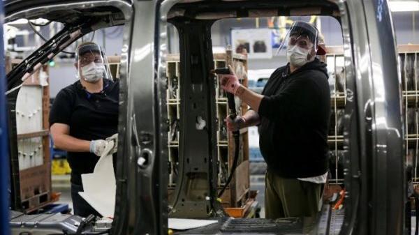 """外媒:""""缺芯""""或致全球汽车减产长期化"""