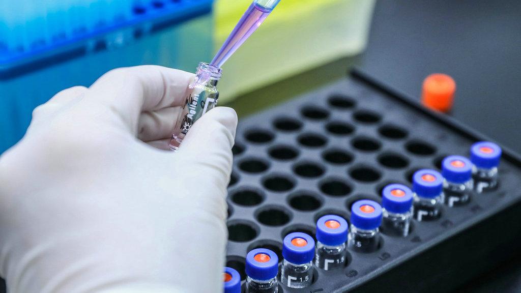外媒:中国疫苗在欧洲渐受欢迎