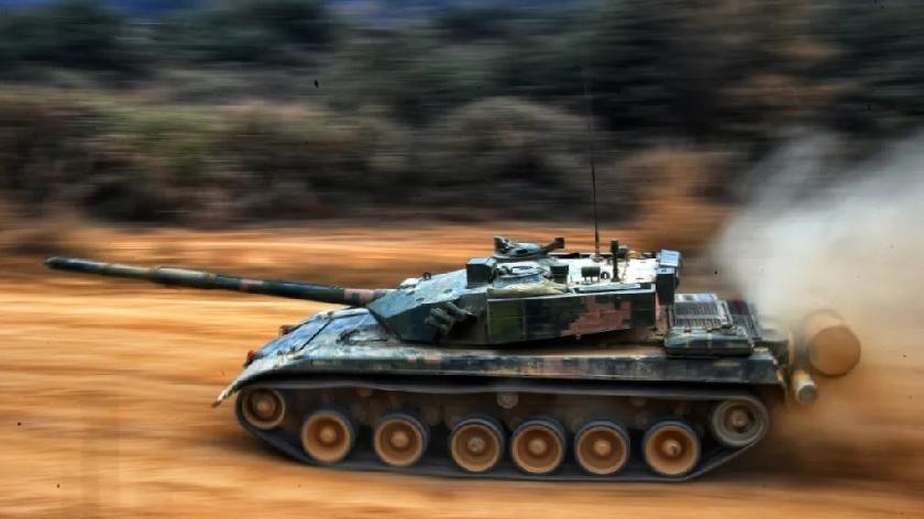 铁甲疾驰!看第73集团军合成旅如何训练