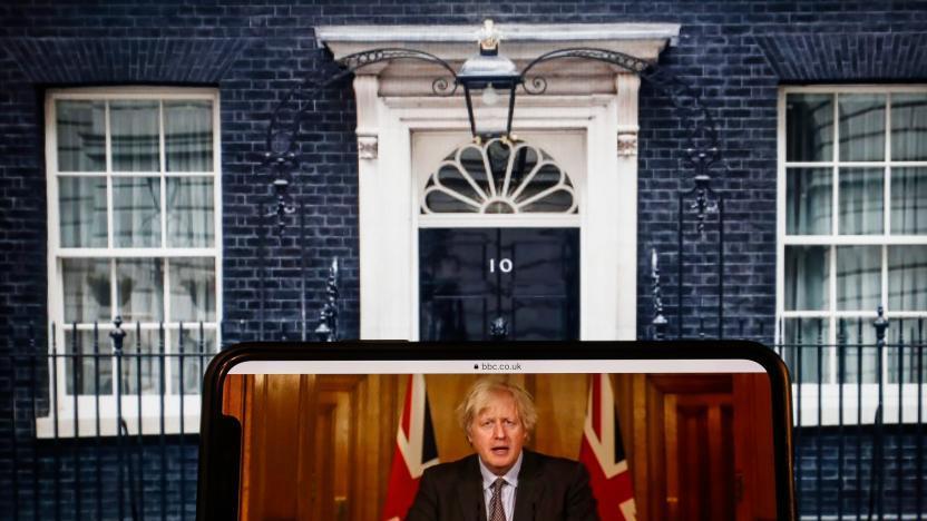 英国公布放宽新冠疫情防控措施路线图