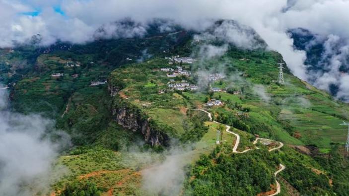 绿色发展之绿水青山就是金山银山