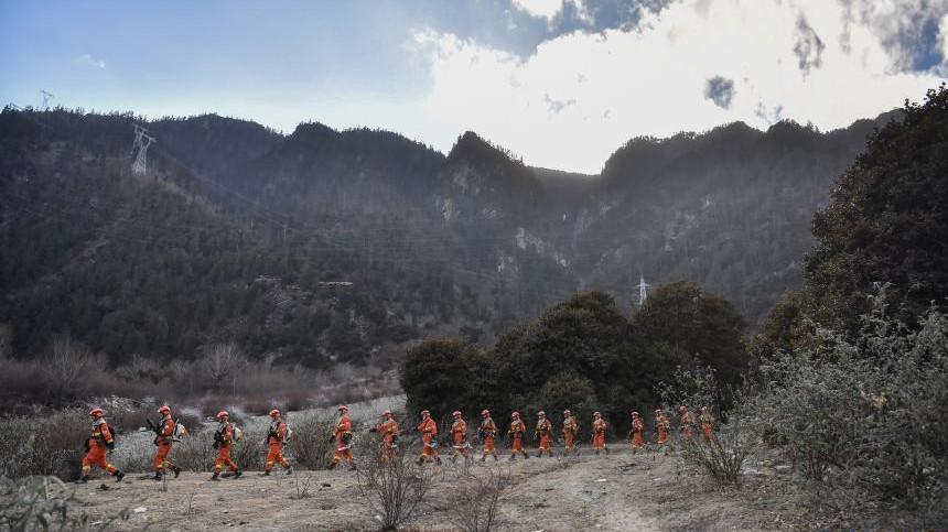 西藏:森林消防演练