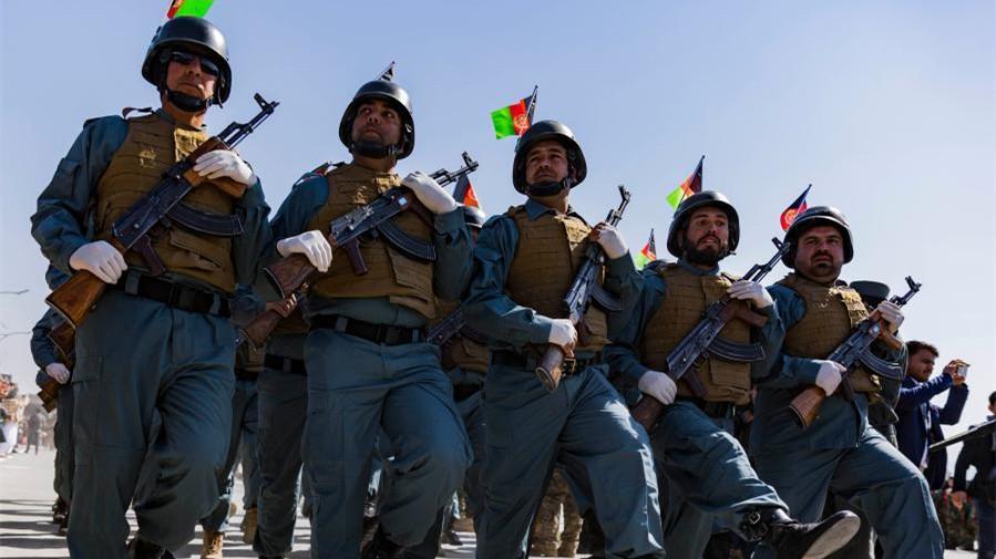 阿富汗:纪念国家武装力量日