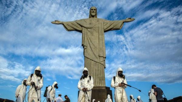 境外媒体:变异病毒疯狂蔓延 巴西濒临崩溃