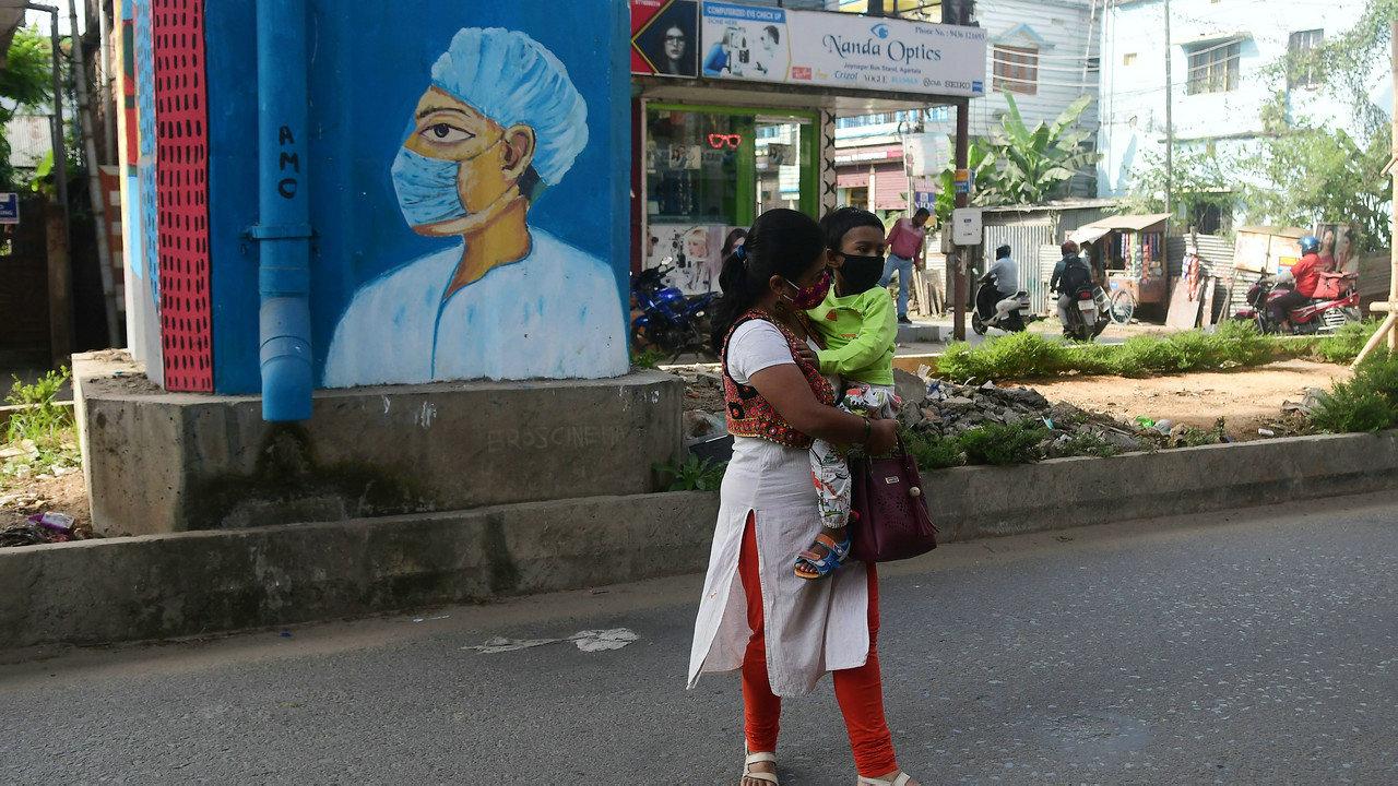 印媒:新闻纸价格暴涨重创印度出版业