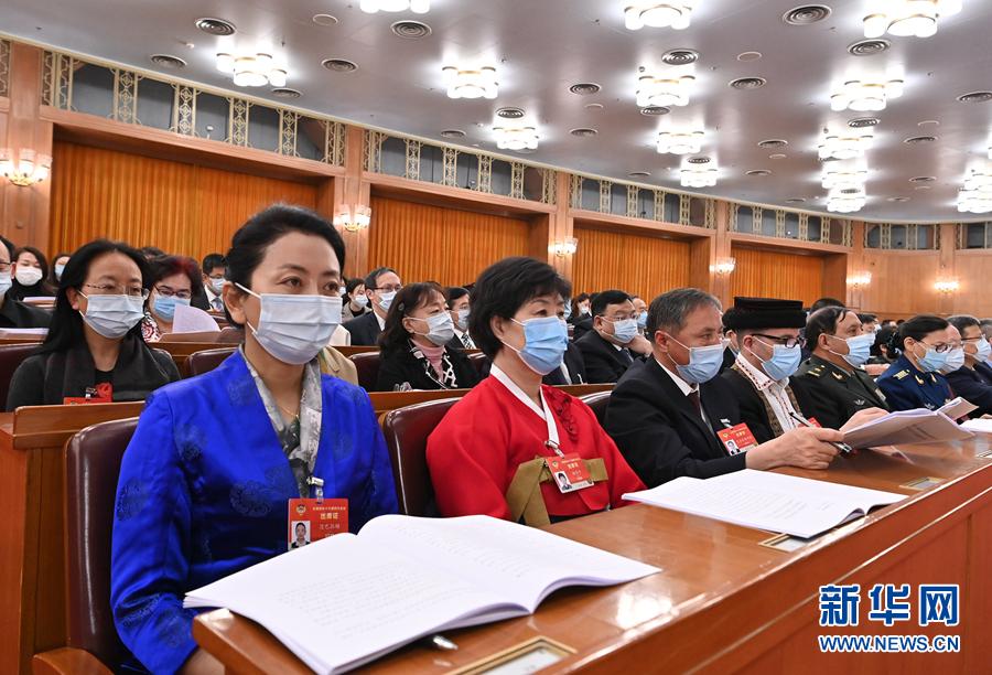 3月7日,全国政协十三届四次会议在北京人民大会堂举行第二次全体会议。新华社记者 李贺 摄
