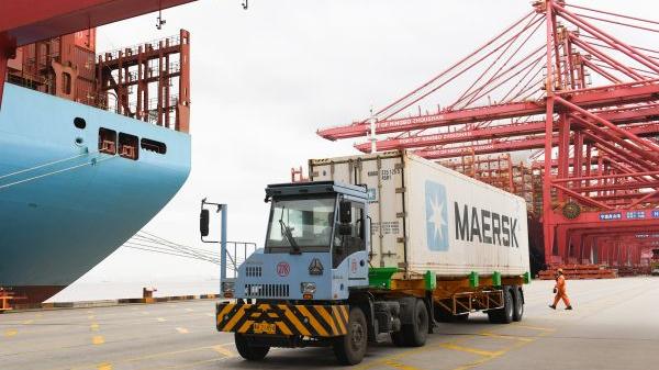 媒体热议:多重因素致中国外贸成绩斐然