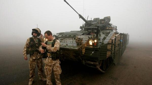 """美媒:英专家认为英军装甲战车能力""""可悲"""""""