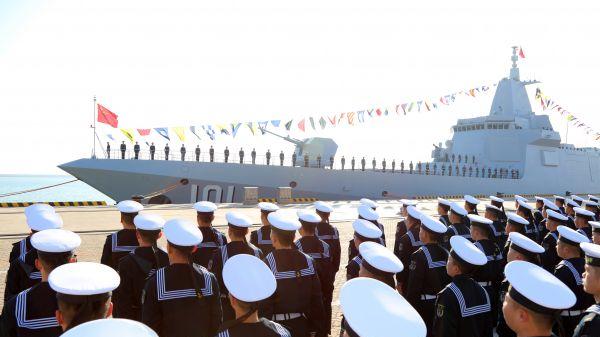 日媒:日方首次确认中国055型导弹驱逐舰驶入日本近海