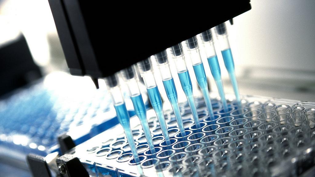 俄媒关注:中国研制的吸入用新冠疫苗获准临床试验