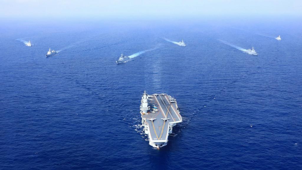 日本紧盯辽宁舰等6艘军舰驶向太平洋