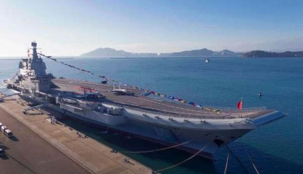 资料图片:国产航母山东舰。新华社记者 李刚 摄