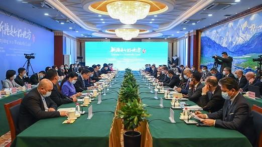 俄媒:多国使节走访新疆驳斥西方谣言