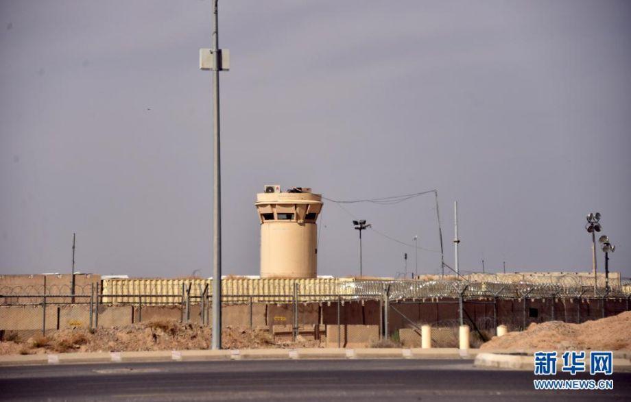 """这是4月15日拍摄的北约联军位于阿富汗坎大哈省达曼地区的军事基地。北约成员国外交部长和国防部长14日举行线上会议,决定从5月1日起""""几个月内""""从阿富汗撤出全部约1万人的部队。新华社发(萨纳乌拉·西奥姆摄)2"""