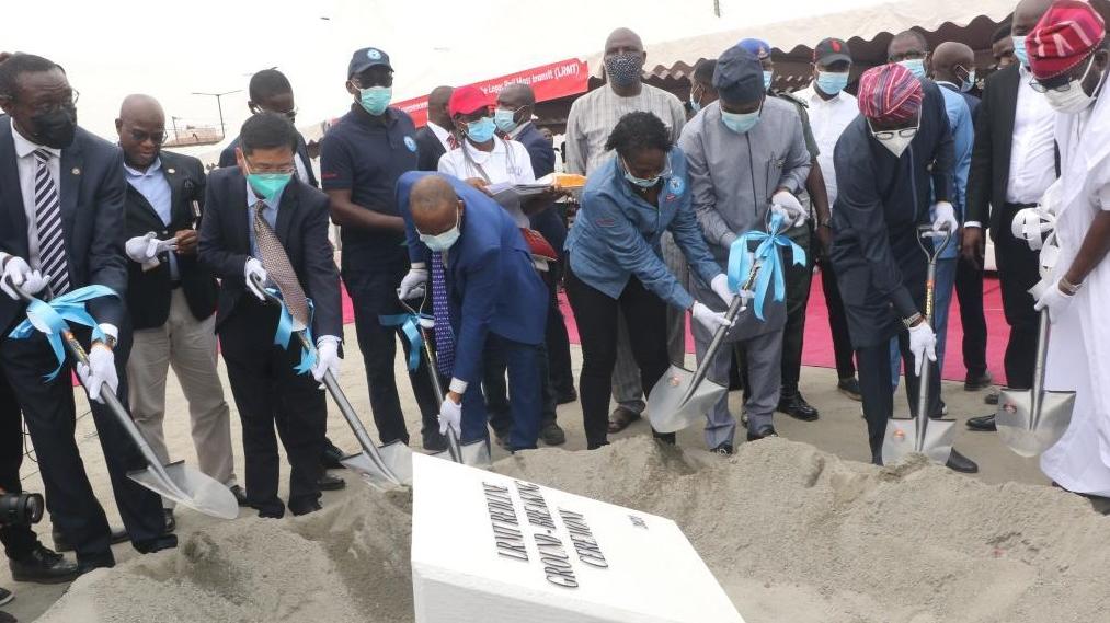 中企承建尼日利亚经济中心轻轨项目开工