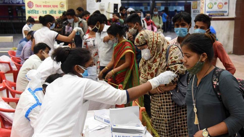 印度累计新冠病例数超1500万