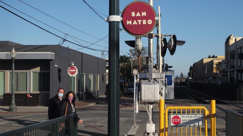 美国加州将重新评估各地防疫等级