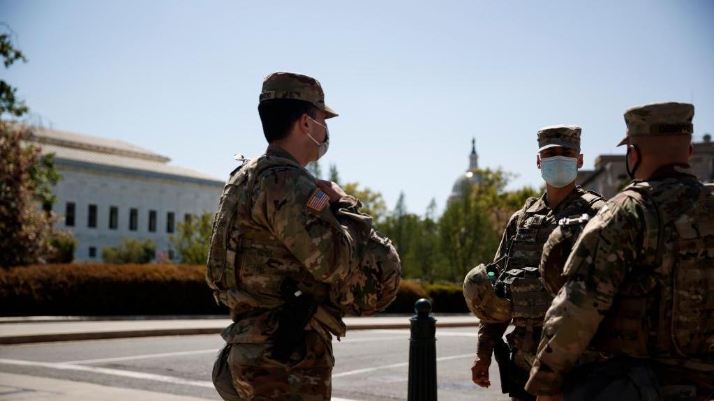 美国国民警卫队应对弗洛伊德遭警察暴力致死案裁决可能引发的抗议和骚乱