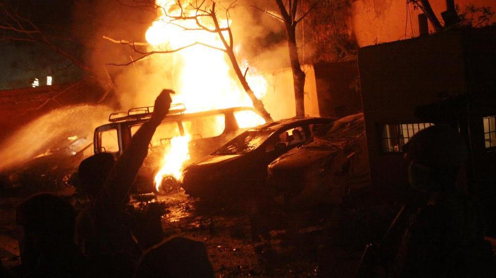 巴基斯坦西南部一饭店发生爆炸致3死11伤