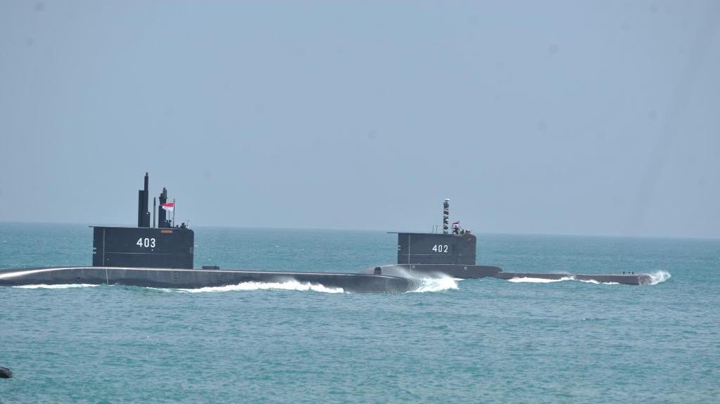 外媒:印尼失踪潜艇海域现燃油泄漏痕迹
