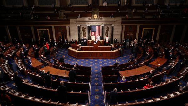 美媒文章:美国展开新的超级大国斗争