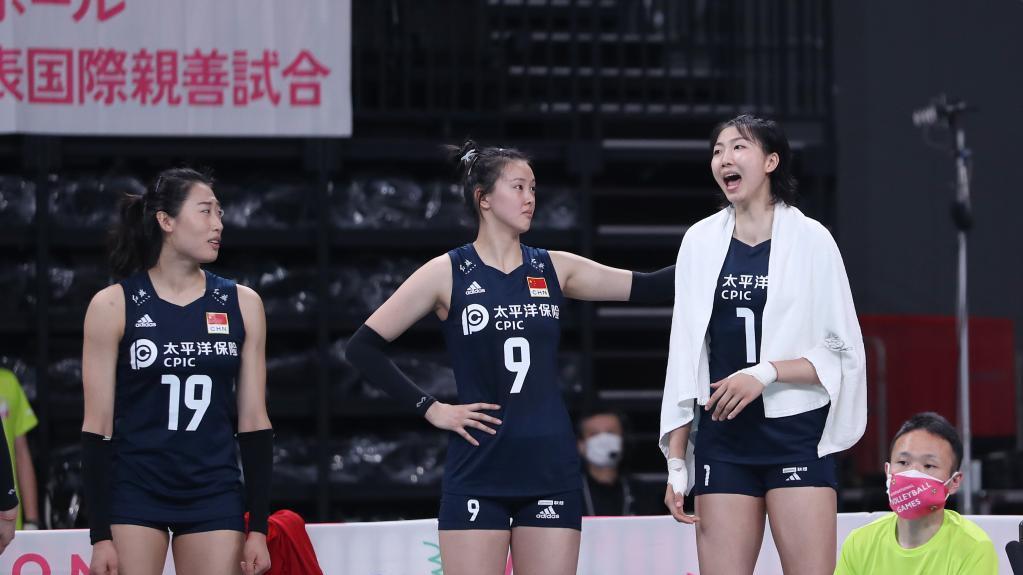 排球——东京奥运会测试赛:中国女排胜日本女排