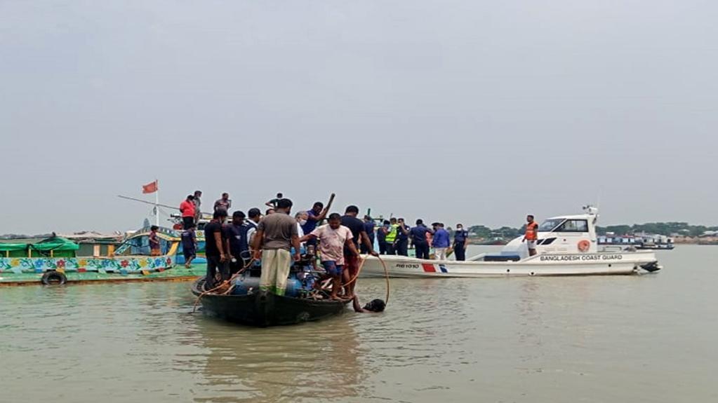 孟加拉国两船相撞致25人死亡