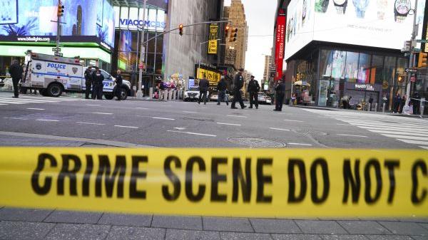 外媒:美国纽约时报广场枪击事件致2名妇女和1名儿童受伤