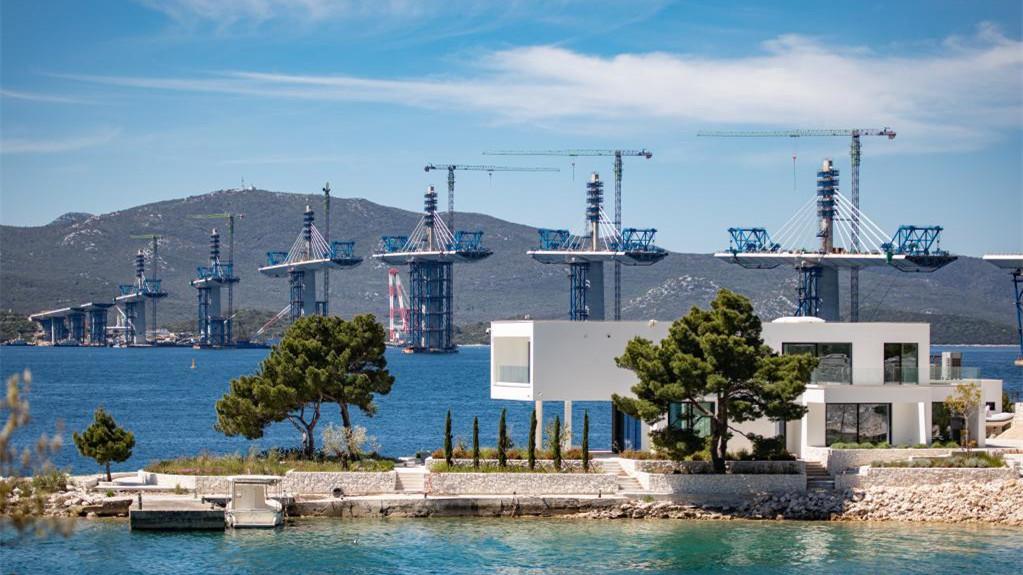 中企承建克罗地亚佩列沙茨跨海大桥项目施工稳步推进