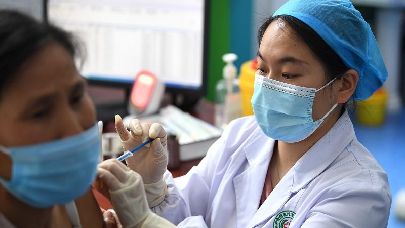 """澳媒:中国疫苗接种""""突飞猛进"""""""