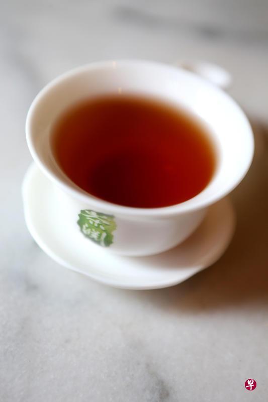太冷太热都不行!这样喝茶才有益健康——