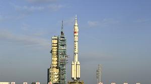 美媒:中俄将携手探索深邃太空