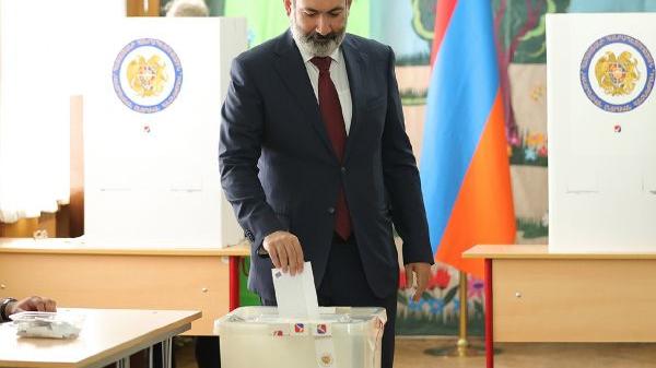 外媒:亚美尼亚举行议会选举