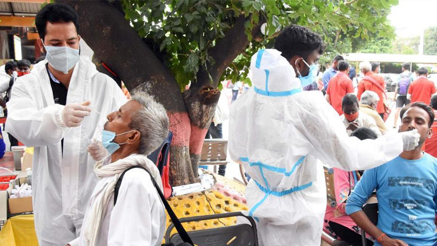 印度累计新冠确诊病例超3000万 第三波疫情或将来临