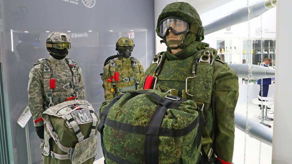 第十届白俄罗斯军工展在明斯克举行
