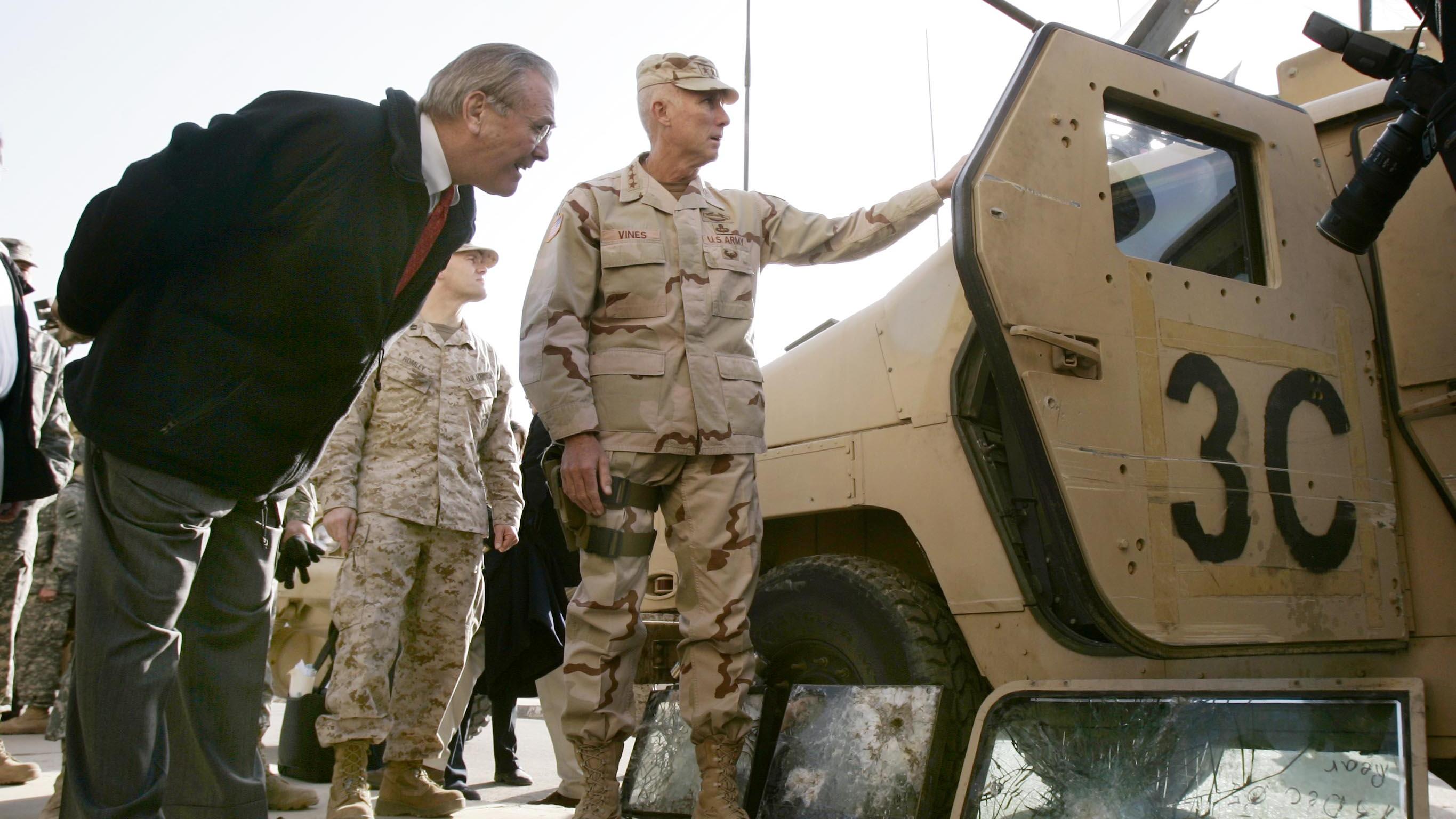 """伊拉克人永难原谅拉姆斯菲尔德:""""就是这个人毁了我们的国家"""""""