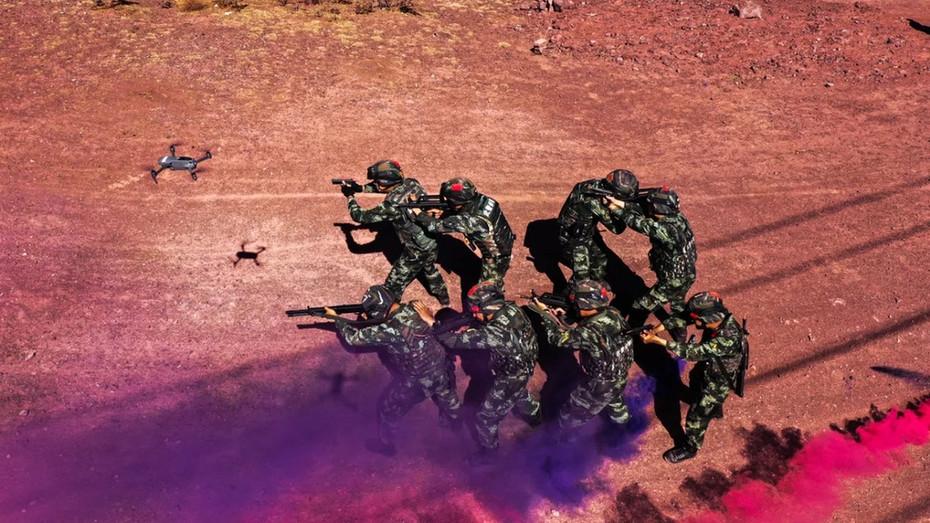 无人机协同!看高原武警部队如何实战化训练