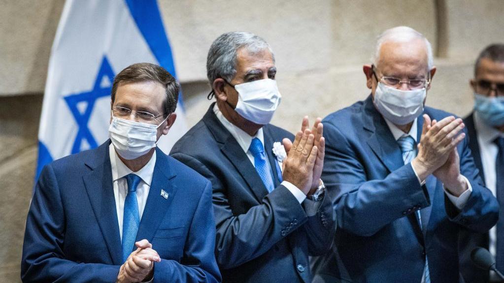 赫尔佐格宣誓就任以色列总统