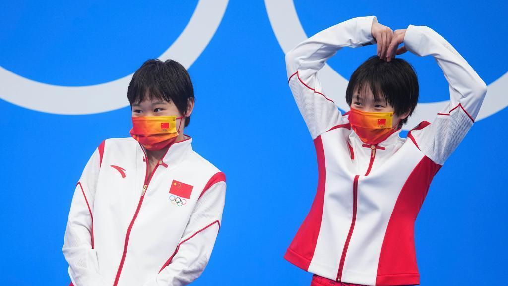 陈芋汐/张家齐夺得女子双人10米跳台跳水金牌