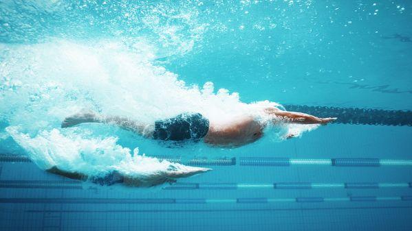 """获得银牌的美游泳选手墨菲质疑:""""(决赛)可能不干净"""""""