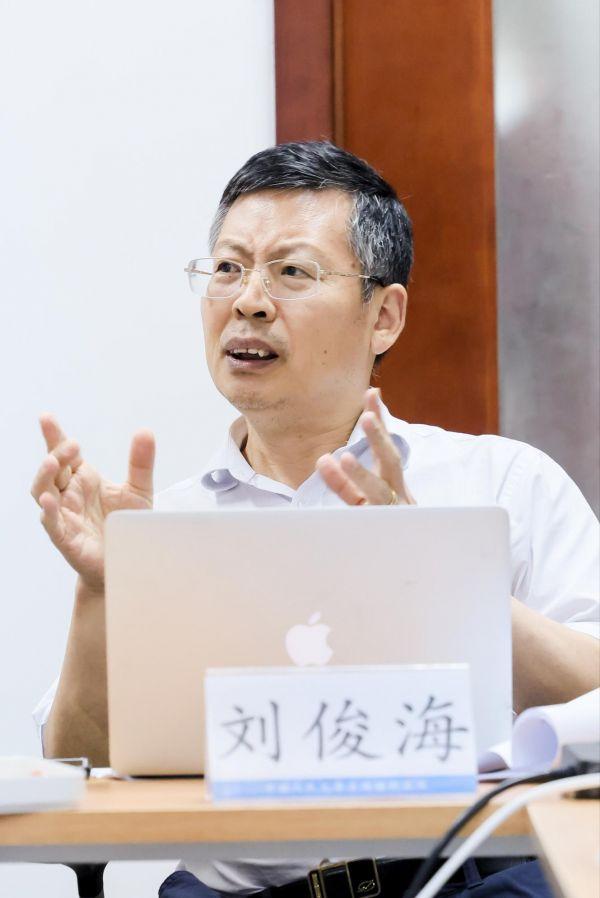 图为中国人民大学法学院教授刘俊海