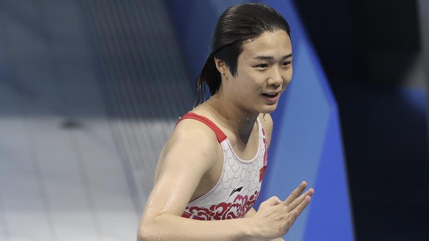 跳水女子三米板决赛:中国选手包揽冠亚军
