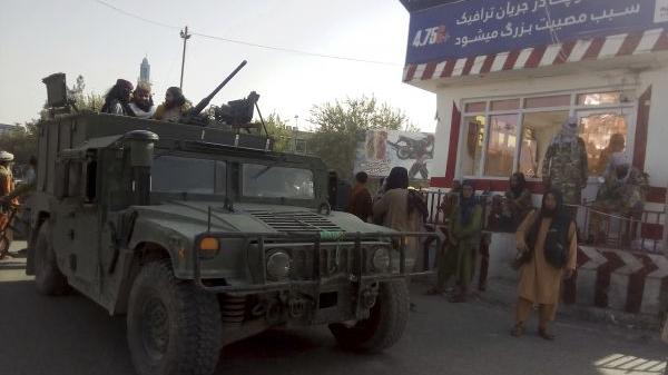 """美国:""""这是阿富汗自己的战斗"""""""